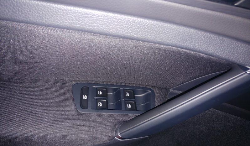 Volkswagen Golf 1.6 TDI 115 CV 5p. Business BlueMot KM ZERO completo